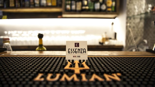 Essenza Wine Bar